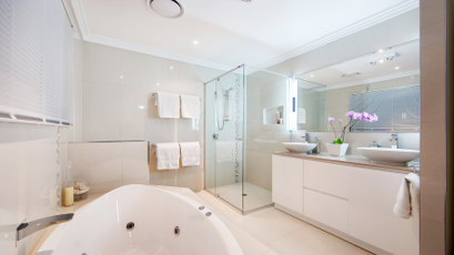great-bathroom-renovations-gold-coast-bathroom-renovations